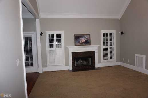 1020 Crabapple Cir - Photo 4