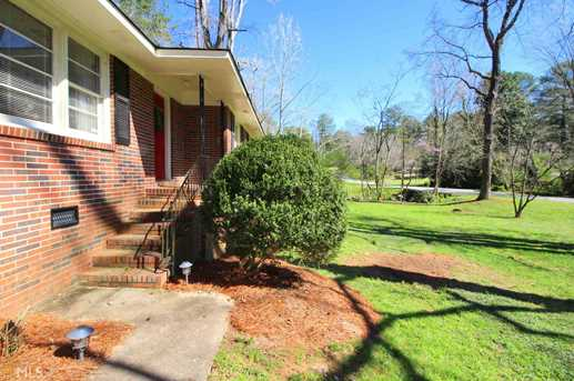 390 Fortson Dr - Photo 2