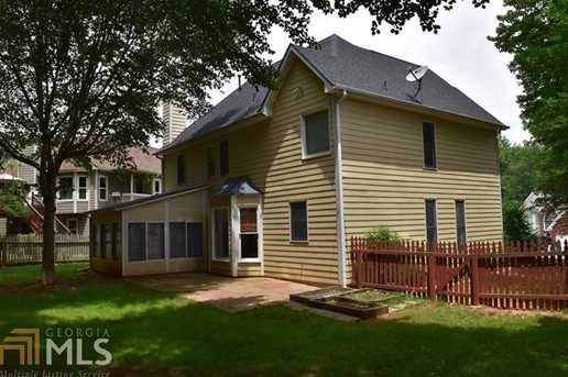 629 Overhill Dr - Photo 2