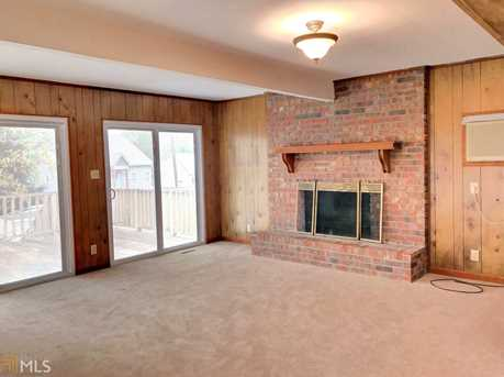 1583 Lakeview Rd - Photo 2