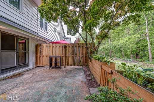 136 Peachtree Memorial Dr - Photo 14