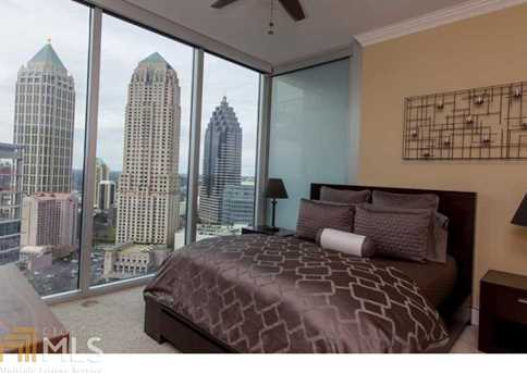 1080 Peachtree St - Photo 2