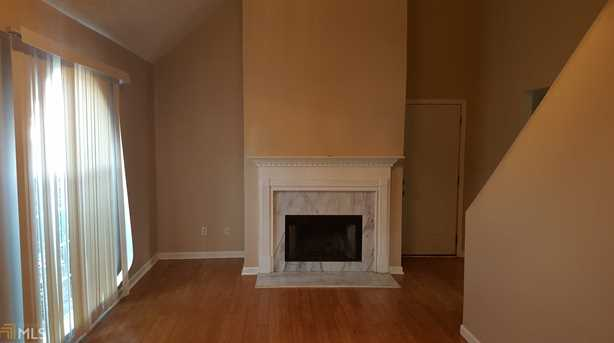 2655 Holly Berry Dr - Photo 2
