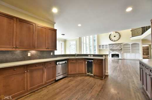 615 Greenview Ter - Photo 16