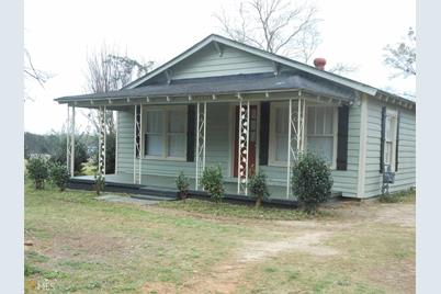 216 Searcy Ave Griffin Ga 30223 Mls 8543863 Coldwell Banker