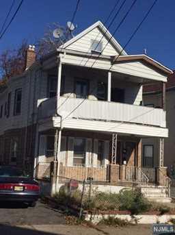225-227 Lawrence Street - Photo 1