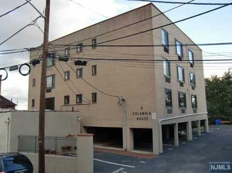9 Columbia Terrace #AA - Photo 1