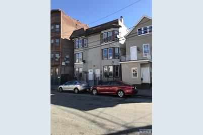775-777 East 19th Street - Photo 1