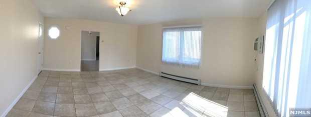 800 Delalla Terrace - Photo 4