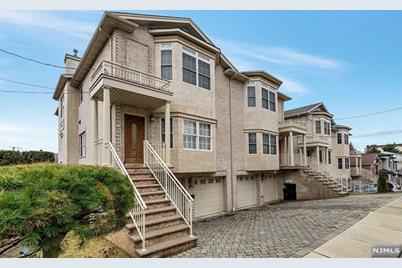436A Jane Street, Fort Lee, NJ 07024