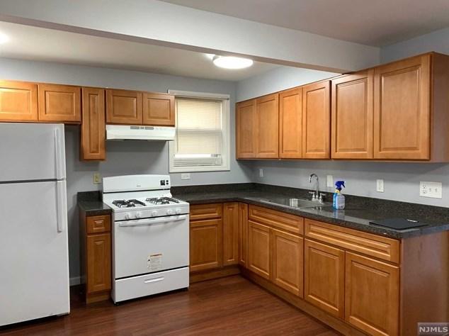 324 William St, East Newark, NJ 07029