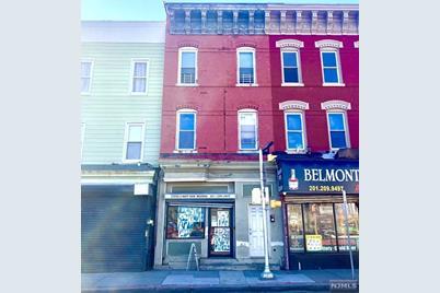 155 Monticello Avenue - Photo 1