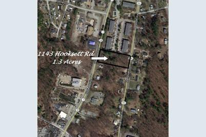 1143 SE Hooksett Road - Photo 1