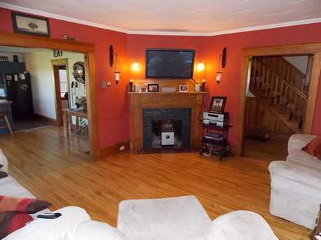 636 Eagle Point Rd - Photo 4