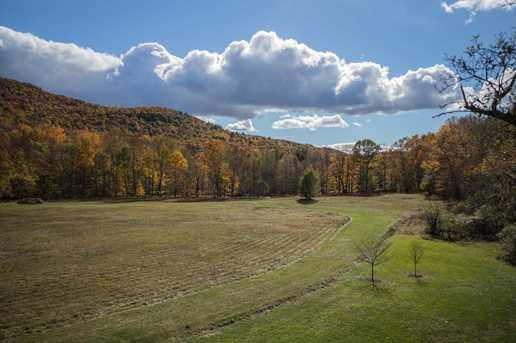 1376 Shaftsbury Hollow Rd - Photo 38