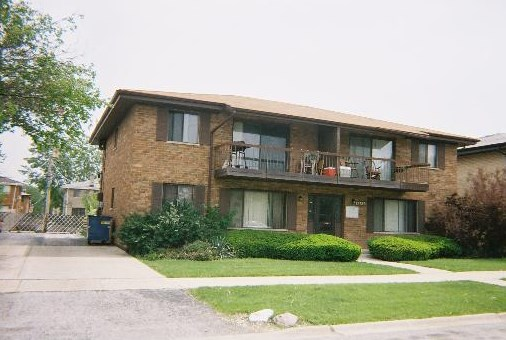 17729 Exchange Avenue, Lansing, IL 60438