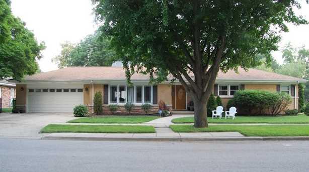 544 Park Plaine Avenue - Photo 1