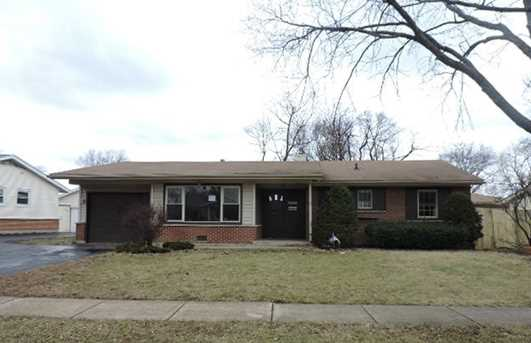 1230 Carswell Avenue - Photo 1