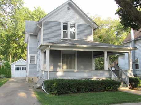 453 Iowa Ave - Photo 1