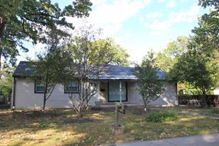 318 South Lakeshore Drive - Photo 1