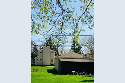 1670 Greenleaf Avenue - Photo 1