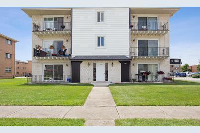 7337 West 85th Place #3A - Photo 1