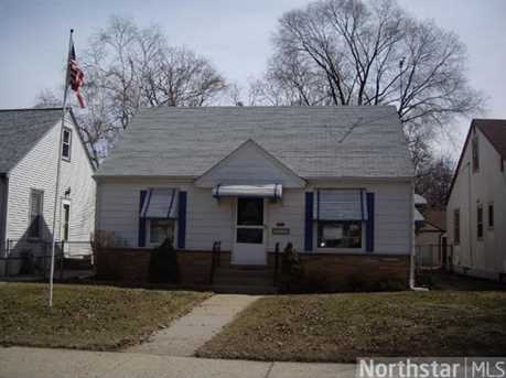 4550 Queen Ave N - Photo 1