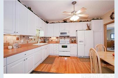 6425 Maclaren Avenue NE - Photo 1