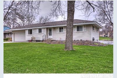 5928 Meadow Lake Road W - Photo 1