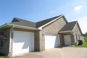 348 Hillcrest Drive - Photo 1