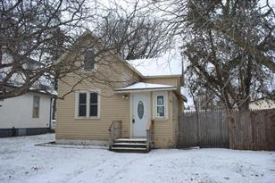 1306 Pine Street - Photo 1