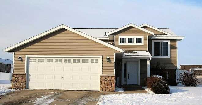 2175 67th Ave N Saint Cloud Mn 56303 Mls 4906348 Coldwell Banker