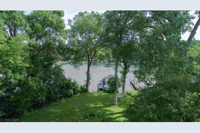 3057 Lake Shore Boulevard - Photo 1