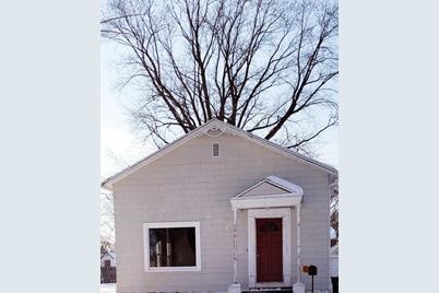 903 Cedar Avenue - Photo 1