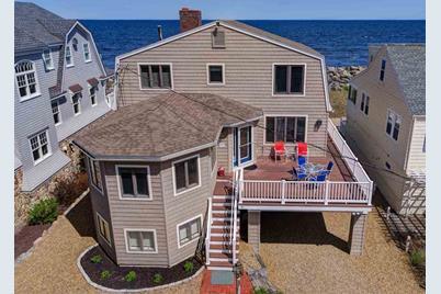 36 Beach Plum Way, Hampton, NH 03842