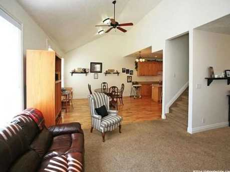 3078 E Somerset N - Photo 8