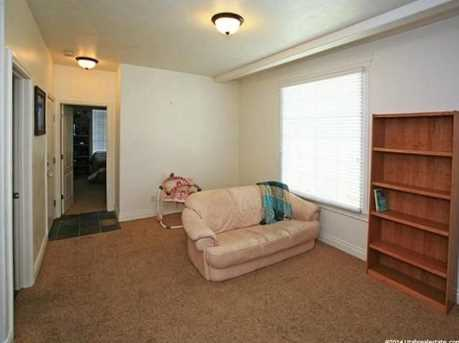 3078 E Somerset N - Photo 20