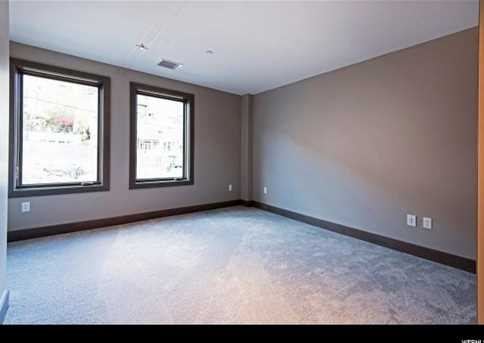 545 Main St #D - Photo 28