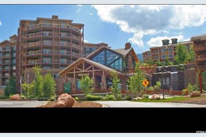 3000 Canyons Resort, Bldg 10 #806 - Photo 1