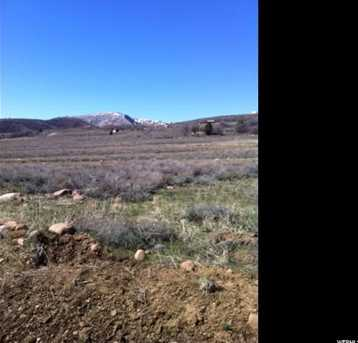 2918 N Water Canyon Ave - Photo 2