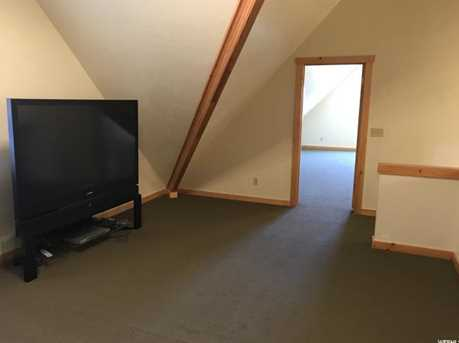 2071 Cottage Ln - Photo 10