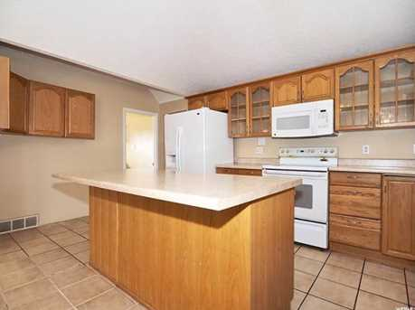 1450 W Parkway Ave - Photo 4