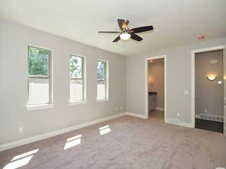 1805 E Holladay Farms Ln - Photo 28