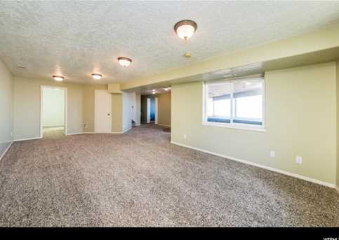 9 Hickock Dr - Photo 18