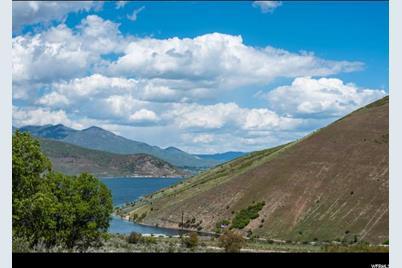 8120 S Lakeside Cir - Photo 1
