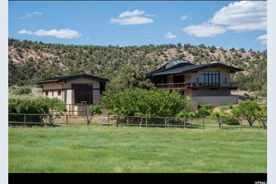4775 W King's Ranch Rd S - Photo 1
