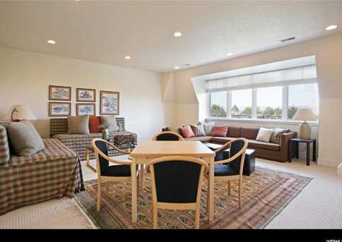 2726 E Wasatch Dr #1 - Photo 26