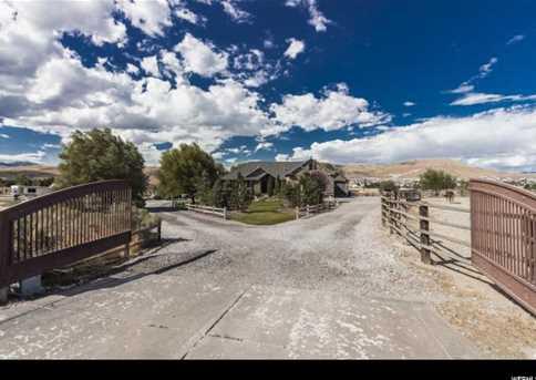 1821 E Ranch Rd - Photo 2