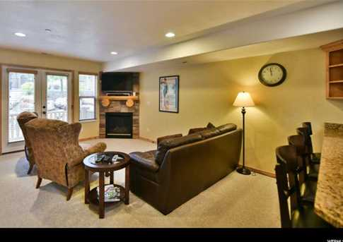 5060 Lakeview Dr #1106 - Photo 2