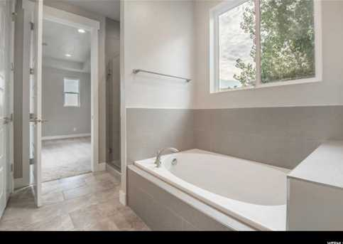483 S Parkview Dr #322 - Photo 8